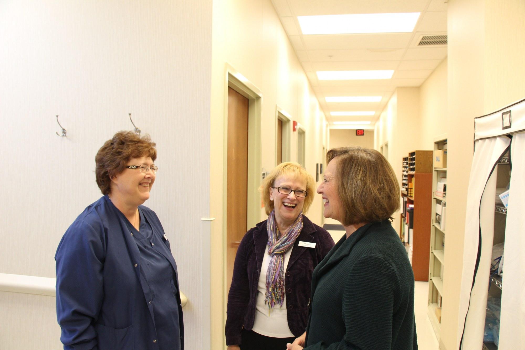 Senator Deb Fischer Tours Advanced Surgery Center