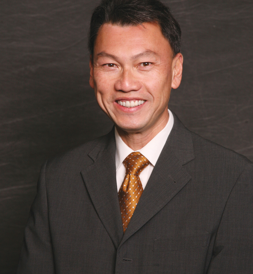 Portrait photo of Huy Trinh, MD, orthopedic doctor at Advanced Surgery Center of Omaha